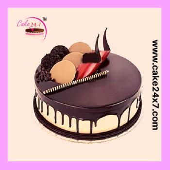Chocolatey Creamy Cake