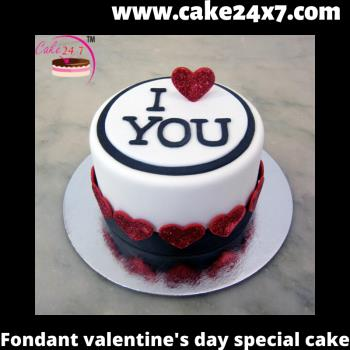 Fondant  Valentine's Day Special Cake