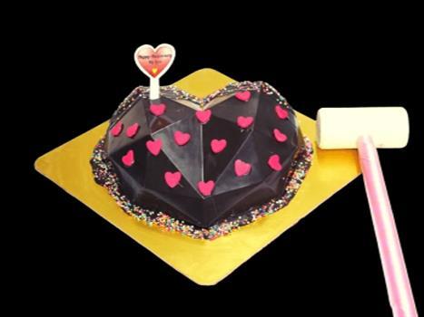 Pinata Cake Heart Shape Chocolate Blast